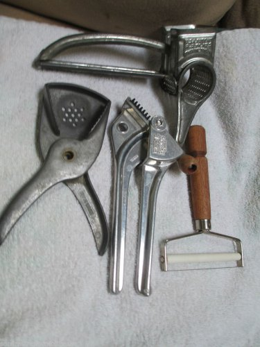 Vintage Kitchen Lot Garlic Press Citrus Squeezer Mouli