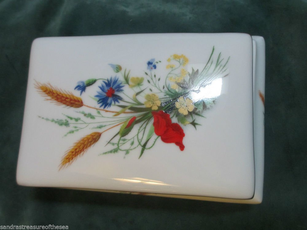 LEC Leclair Limoges France Handpainted Floral Jewelry Trinket Box Gold Trim