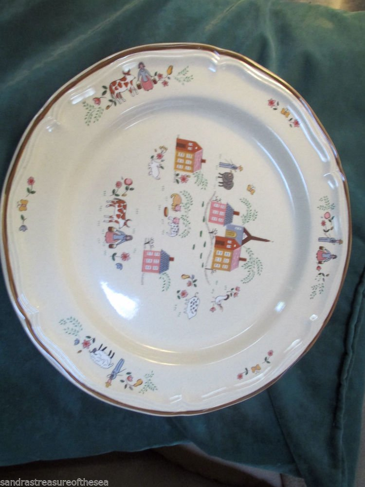 Newcor Stoneware 1986 Our Country Dinner Plates Pattern 6004 EUC Sand Beige