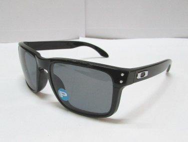 Oakley Sunglasses HOLBROOK 9102-02 Black / Grey Gray POLARIZED OO9102-02 NEW