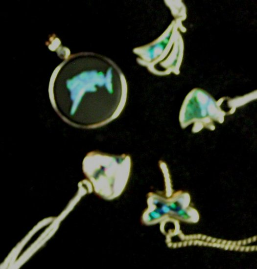Item No. 01189 Abalone charms