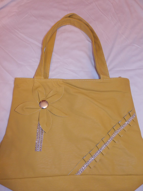 Yellow Handbag (100YW)