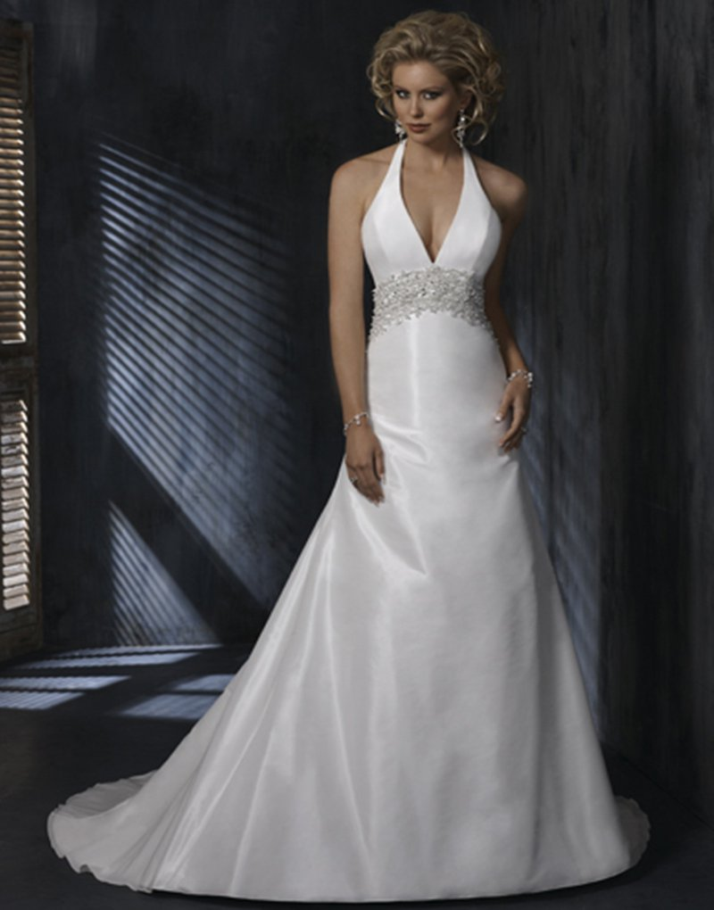 2016 Custom size Winter A-Line Sweetheart Backless Fashionable Appliques White Long Wedding Dresses