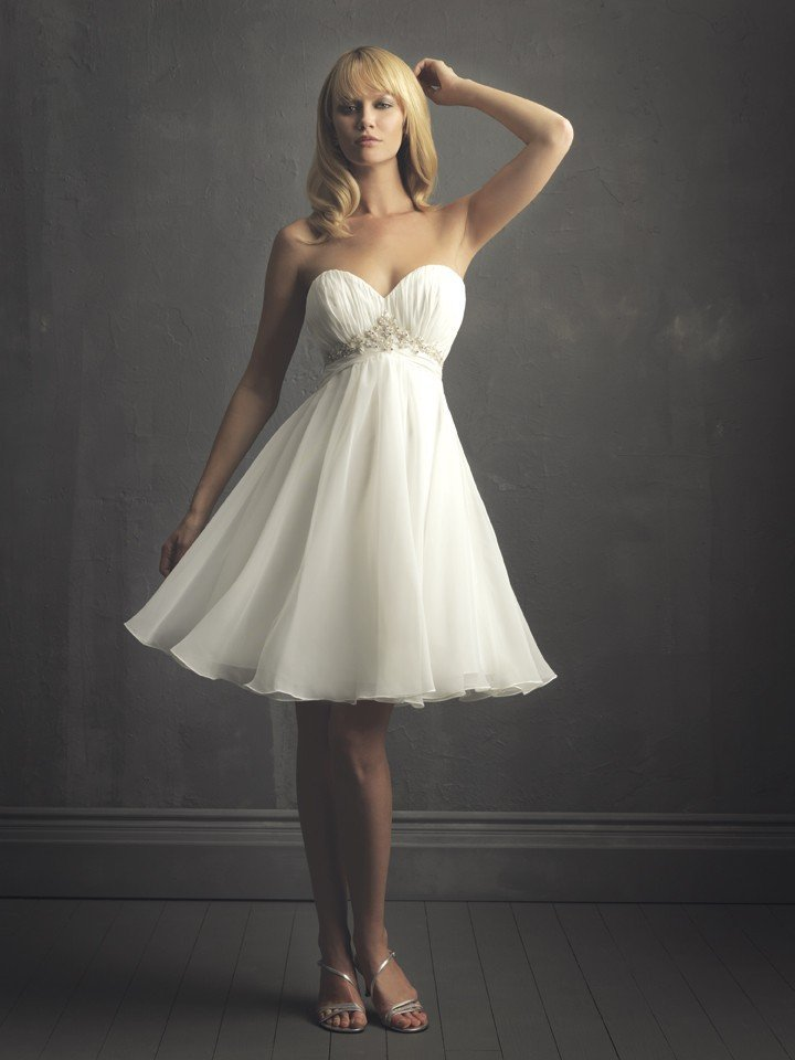 Sexy Pearls Fashionable Sweetheart White Plus Size Wedding Dress Chiffon A-Line Short Wedding Dress