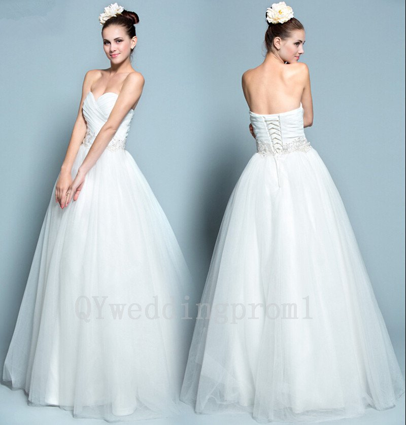 White Long Lace Up Wedding Dress Pearls Tulle Sweetheart Appliques Romantic Bride Dresses