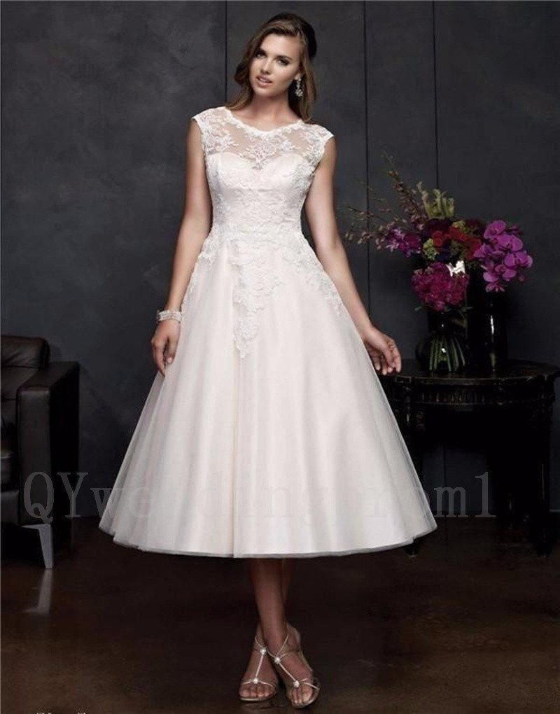 Sexy Backless Lace Wedding Dress New Plus Size Tea-Length Scoop Short Wedding Dress Gowns