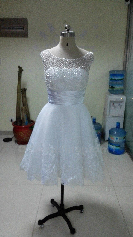 Lace A-Line Cap Sleeve Wedding Dress Romantic White Ivory Bead Appliques Sexy Short Wedding Dress
