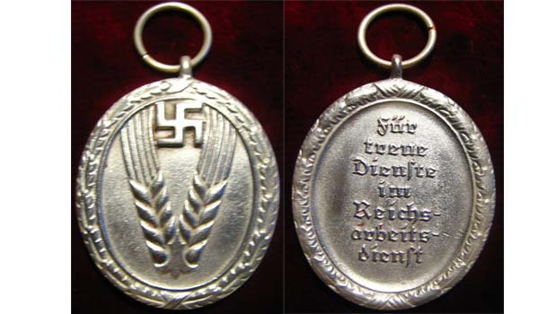 Medal for service in the  25 years for women