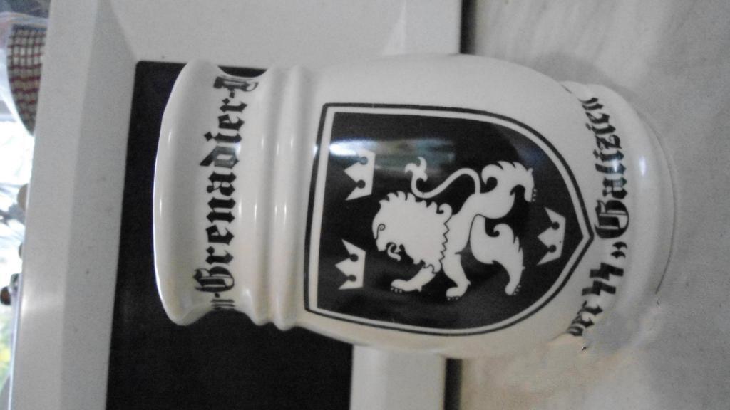 World War II Germany wineglass glass of beer, a cup, cross #10