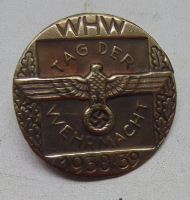 WW II THE GERMAN BADGE LW WH Sign WHW 1938- 1939