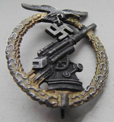 WWII THE GERMAN BADGE  anti-aircraft gunners sign