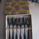 FORKS/PASTRY FORKS/PARTY/FORKS/MS LTD. LOXEY/SHEFFIELD ENGLAND/VINTAGE/TARNISHED