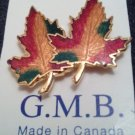 PIN/CANADIAN LEAF PIN/MINT ON CARD/SMALL 2 LEAF GOLD TONE/MADE IN CANADA/AUTUMN