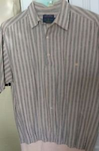 MEN SHIRT CASUAL STRIPED GRAY-SALMON CLUBHOUSE MEMBERS ONLY MED. 3 BUTTON SHORT