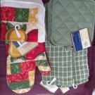 Kitchen  Bar Utility (2) Terry Towels(2)Scrubbie (2)Potholder (1) Oven Mitt New