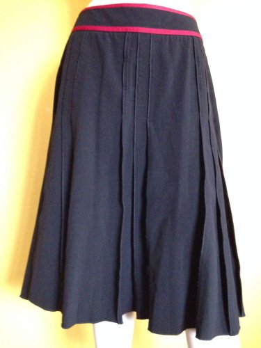 NWT Full Black Red Ribbon Trim Full Skirt Yarns & Stitches Boutique Brand 12