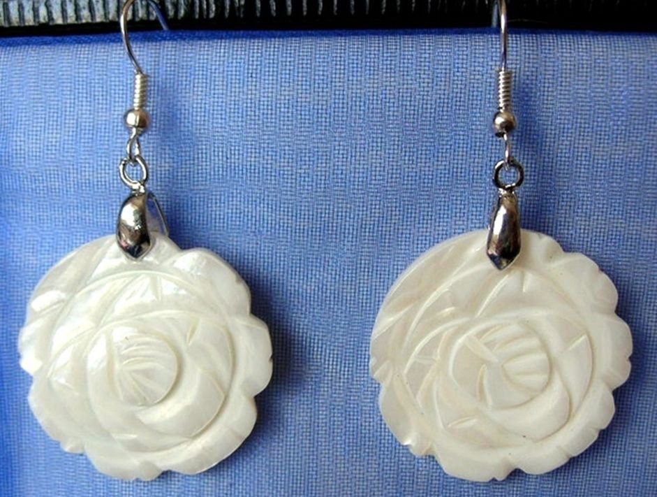 "Carved White Rose Mother of Pearl Shell Dangle Earrings  ~ 2.8x5cm 1.1""x 2"" Drop"