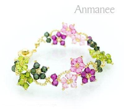 Handcrafted Swarovski Crystal Bracelet - Crawling Star 010214