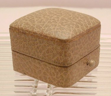 Ring Box Antique Leather  circa 1910