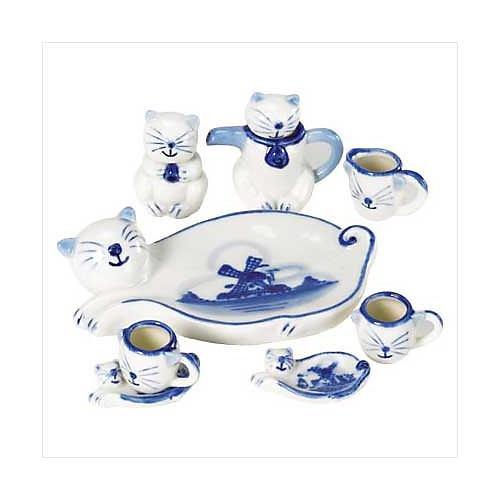 3804200: Cat Themed Mini Tea Set