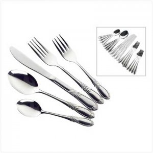 3874300: Fancy Foliage 20 Piece Flatware Set