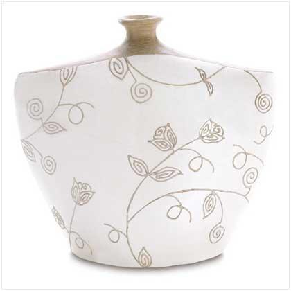 3861200: Ivory Eva Abstract Vase
