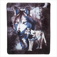 3934500: Wildlife Wolves Fleece Blanket