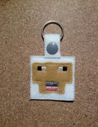 MC White Sheep Felt Key Ring