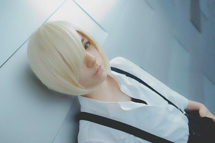YURI!!! on ICE Yuri Plisetsky short light blonde cosplay wig