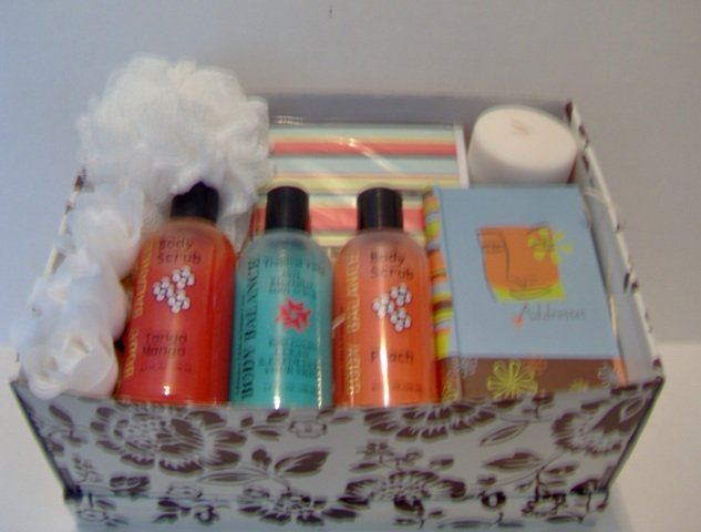 Fun N' Bright 7 piece Gift Set! Free Shipping And Handling!!!