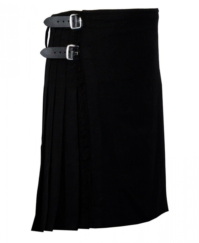 30 Inches Waist Traditional 8 Yard Handmade Scottish Kilt For Men - Plain Black Tartan