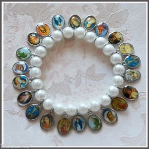 BRACELET with Medals of Jesus, Mary & Saints � WHITE 8 mm Beads - NEW