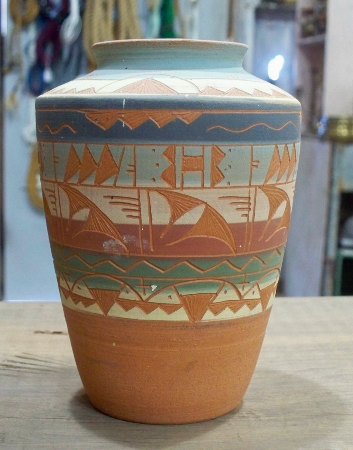 Signed clay vase from Mexico R.? or a B? Gon(r)?go