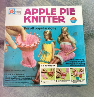 Vintage 70s Apple Pie Knitter Dressmaking Craft Toy Milton Bradley Crafts by Whiting 1977 NEW IN BOX