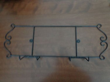 Black Metal Hanging Plate Rack