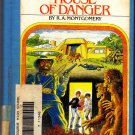 House of Danger (ExLib) by R. A. Montgomery (CYOA) 1982 Hard Cover Book - Good