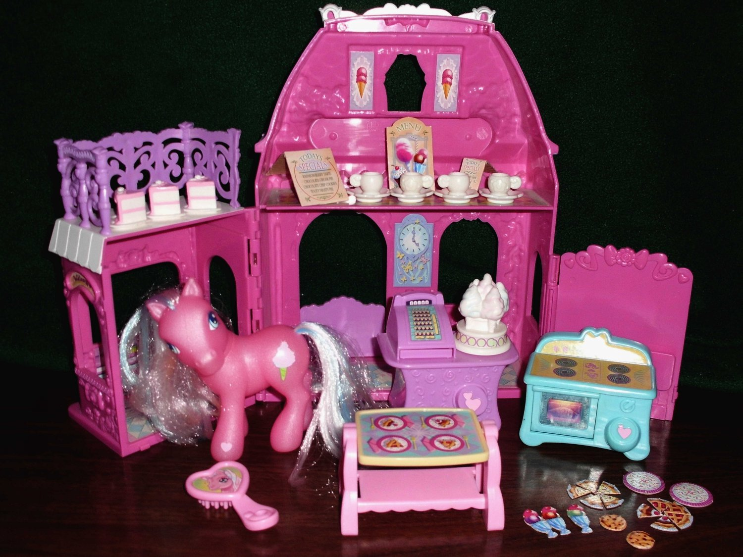 My Little Pony Cotton Candy Cafe Dollhouse Pink Doll House