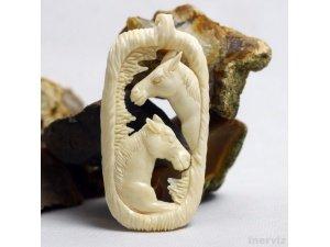 "Hand Carved Horse 2.9"" Natural Buffalo Bone Pendant Bead Necklace BP1339"