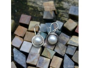 16mm Semicircle Round 925 Sterling Silver White Mabe Pearl Bali Dangle Earring