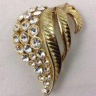 VINTAGE  '' CLEAR RHINESTONE GOLD TONE '' BROOCH PIN