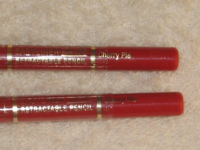 2 MILANI EASYLINER RETRACTABLE LiP Liner Pencils CHERRY PIE Automatic LipLiner CheRRy ReD NEW SEALED