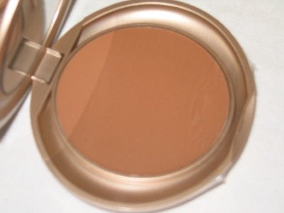 MILANI Smooth Finish Pressed Powder Compact  #04 GINGER Face Finish Powder MATTE