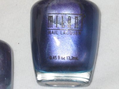 MILANI Nail Polish  #05 PURPLE MIRROR Iridescent Metallic Blue/Purple shade