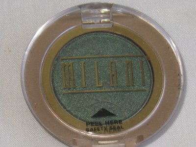 MILANI EyE Shadow Compact #05 CLOVER Shimmer Clover Green Eyeshadow NEW SEALED