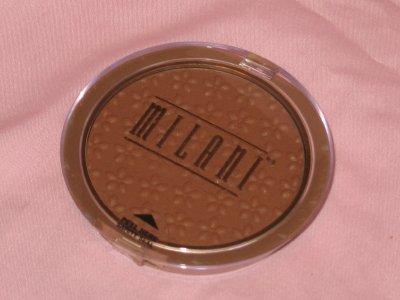 MILANI Powder BRONZER Compact #01 LIGHT Bronzer Blush NEW SEALED