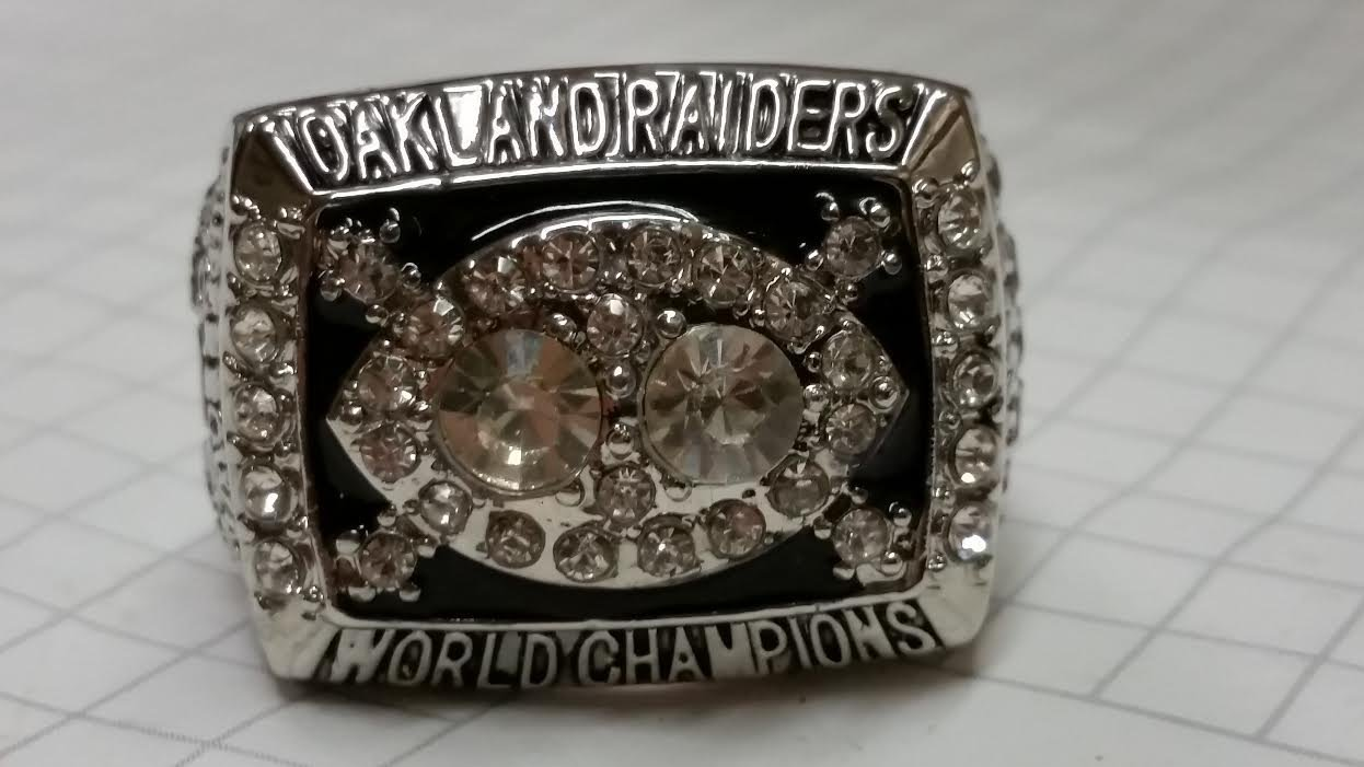 1980 OAKLAND RAIDERS HIGH QUALITY RING