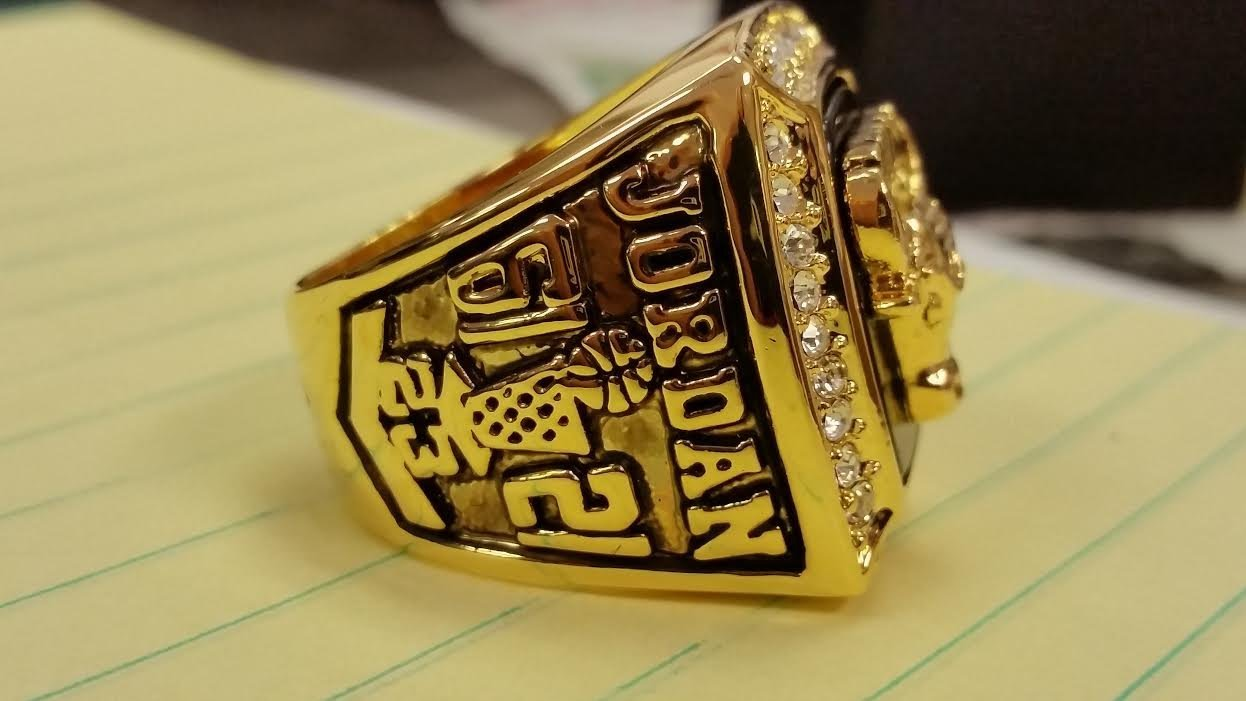 1991 CHICAGO BULLS HIGH QUALITY CHAMPIONSHIP RING