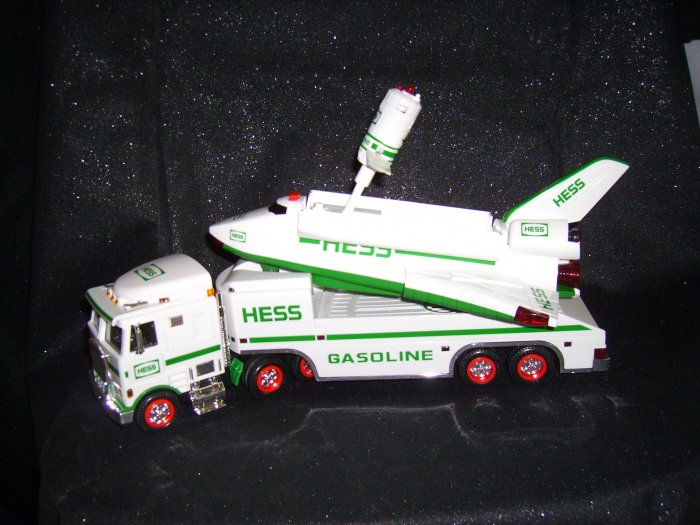 1999 Hess Truck with Space Shuttle