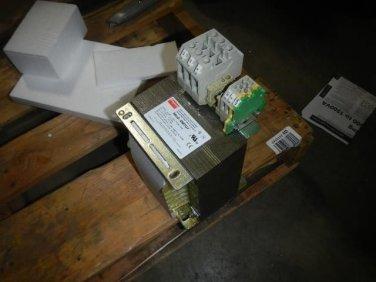 Dayton 4MTU7 Isolating Transformer