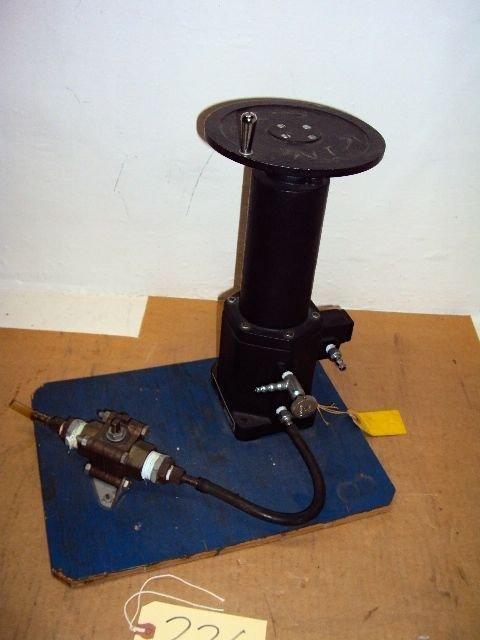 Wallace & Tiernan Manostat Pressure Regulator FA-149